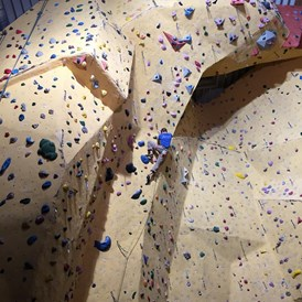 Kletterhalle: magic mountain Kletterhalle indoor Bereich - copyright magic mountain - Magic Mountain