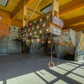 Klettern: CAMP4 Kletterzentrum; Indoor Bereich, copyright CAMP4 Kletterzentrum - CAMP4 Kletterzentrum