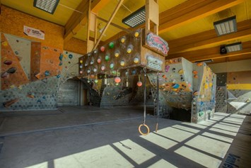 Kletterhalle: CAMP4 Kletterzentrum; Indoor Bereich, copyright CAMP4 Kletterzentrum - CAMP4 Kletterzentrum